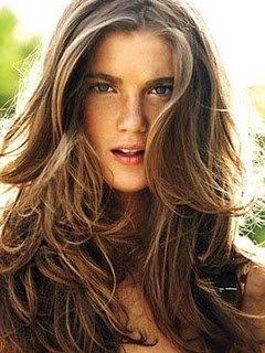 Peinado despeinado mujer pelo largo