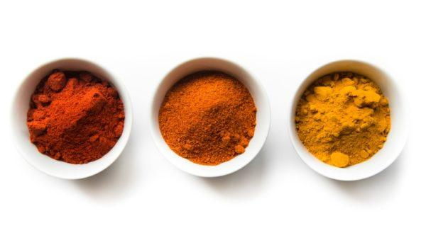 Remedios naturales prevenir canas curry