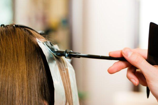 Mechas de colores en peluqueria