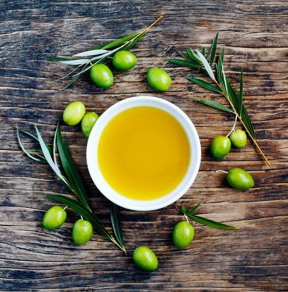 10 remedios naturales para que el pelo crezca rápido aceite oliva
