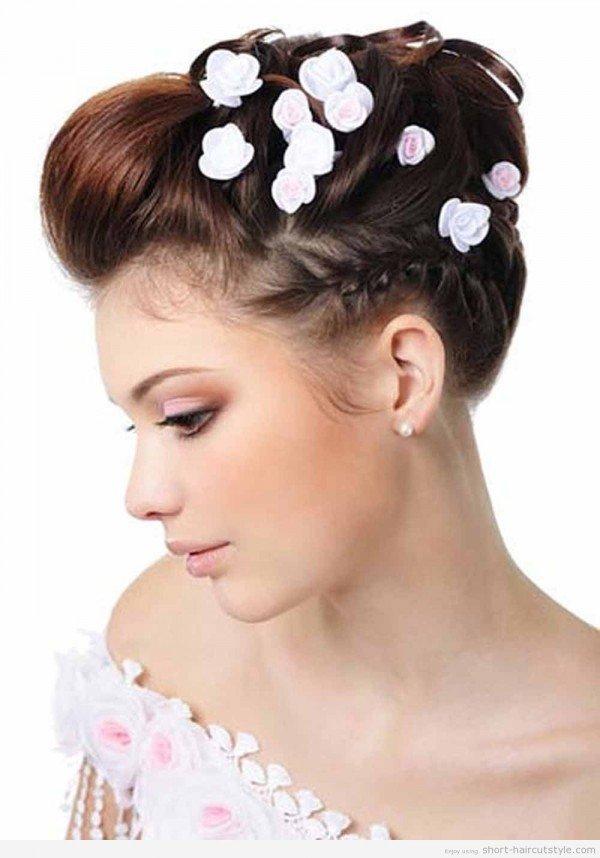 peinados-para-novias-2014-recogido-subido-flores