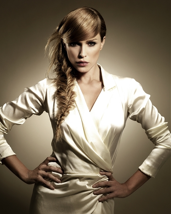 peinados-para-thanksgiving-accion-de-gracias-2013-pelo-largo-con-trenza