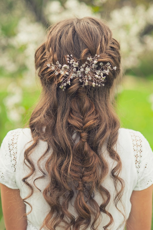Peinados de novia pelo semirecogido