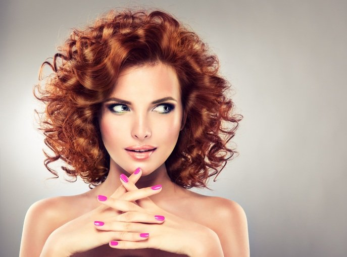 Mejores peinados con planchas pelo rizos rizos naturales