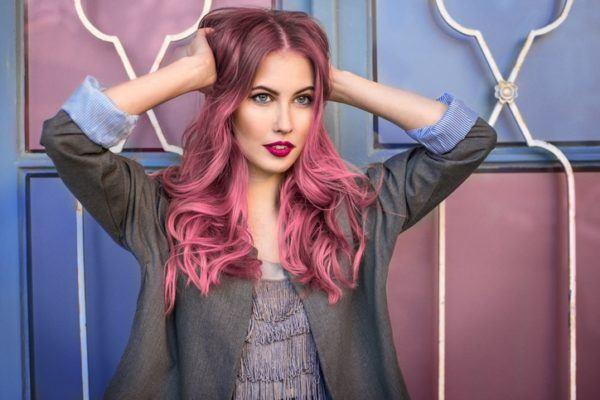 Peinados pelo suelto rosa