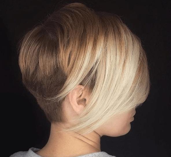Cara redonda corte de pelo corto