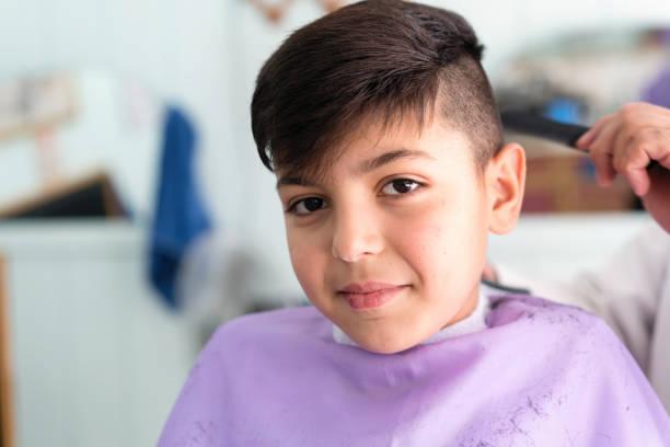 Cortes de pelo niño 2021 pelo corto asinetrico flequillo