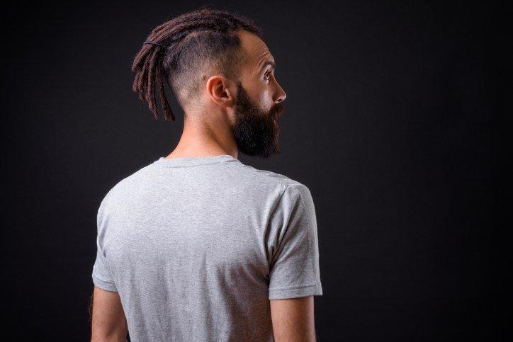 Peinados con rastas corto