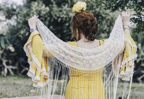 peinados-de-flamenca-istock