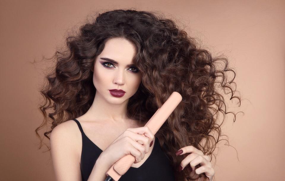 El alisado del pelo rizado