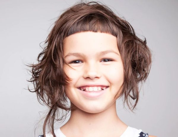 Cortes de pelo niña flequillo pelo corto